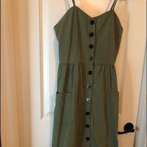 Dresses & Skirts - Button down sweetheart dress